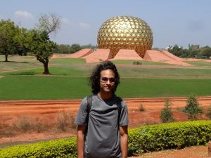 Hidup Di Dunia Lain Di Auroville